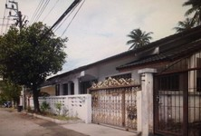 For Rent 4 Beds House in Taling Chan, Bangkok, Thailand