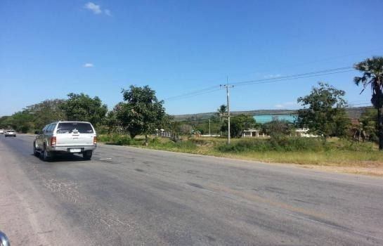 For Sale Land 47 rai in Lam Sonthi, Lopburi, Thailand | Ref. TH-MKFPGYDE