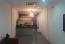 ขาย ทาวน์เฮ้าส์ 2 ห้องนอน คลองเตย กรุงเทพฯ