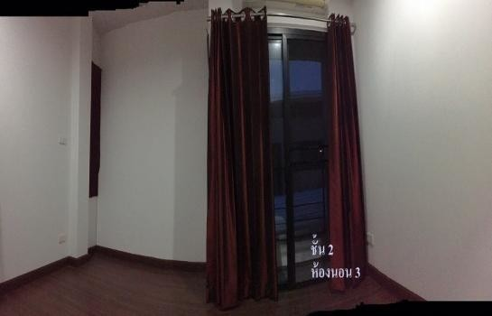 For Rent 4 Beds 一戸建て in Mueang Nakhon Ratchasima, Nakhon Ratchasima, Thailand | Ref. TH-RLWKISUJ