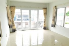 For Rent 4 Beds House in Mueang Chon Buri, Chonburi, Thailand