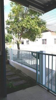 Продажа: Дом с 2 спальнями в районе Thanyaburi, Pathum Thani, Таиланд   Ref. TH-VXXGQSTW