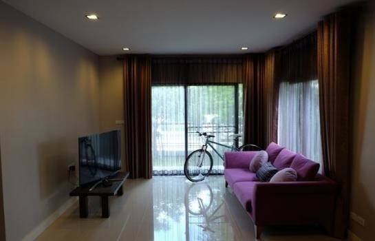 Продажа: Дом с 2 спальнями в районе Mueang Pathum Thani, Pathum Thani, Таиланд | Ref. TH-ZEXSNJHF