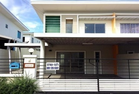 For Sale or Rent 3 Beds タウンハウス in Si Racha, Chonburi, Thailand