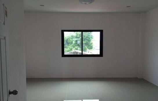 For Sale 2 Beds タウンハウス in Ban Chang, Rayong, Thailand | Ref. TH-XHEUMUJT
