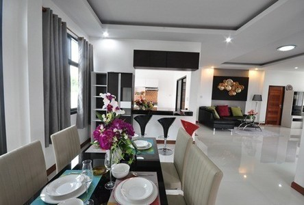 For Sale 3 Beds 一戸建て in Mueang Trang, Trang, Thailand