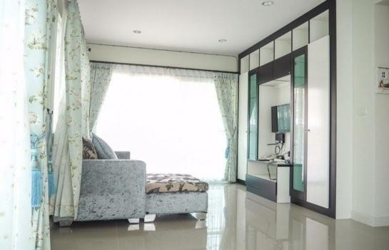 For Sale 3 Beds 一戸建て in Mueang Pathum Thani, Pathum Thani, Thailand | Ref. TH-KQZERABS