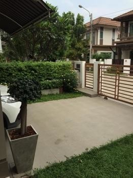 For Sale or Rent 3 Beds House in Bang Phli, Samut Prakan, Thailand | Ref. TH-OPXWGXYU