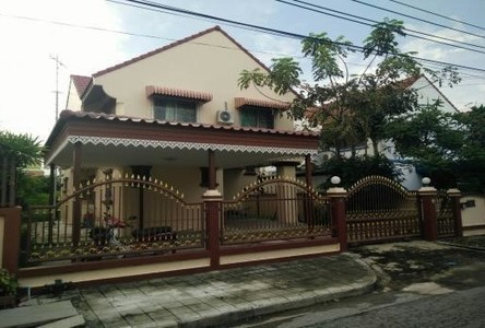 For Rent 3 Beds House in Mueang Samut Prakan, Samut Prakan, Thailand