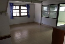 For Sale 3 Beds House in Bang Khen, Bangkok, Thailand