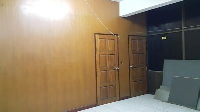 For Sale 6 Beds House in Mueang Nakhon Pathom, Nakhon Pathom, Thailand | Ref. TH-MGLBWDYM