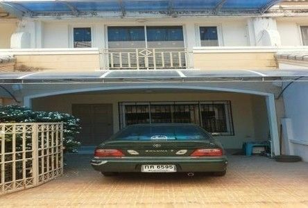 For Sale 2 Beds Townhouse in Phra Nakhon Si Ayutthaya, Central, Thailand
