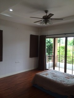 For Sale 4 Beds House in Bang Phli, Samut Prakan, Thailand | Ref. TH-EOLCDGVY