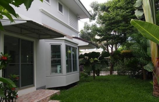 For Sale 3 Beds House in Bang Sao Thong, Samut Prakan, Thailand | Ref. TH-CSBVSWDP