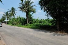 For Sale Land 3.5 rai in Bang Khonthi, Samut Songkhram, Thailand