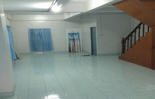 ขาย ทาวน์เฮ้าส์ 3 ห้องนอน เมืองชลบุรี ชลบุรี | Ref. TH-WAAWDGIA