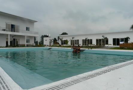 Продажа: Отель 7 комнат в районе Kham Sakaesaeng, Nakhon Ratchasima, Таиланд