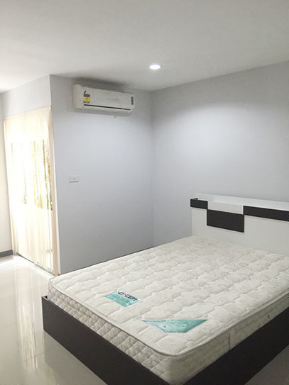 For Sale 1 Bed Condo in Pluak Daeng, Rayong, Thailand | Ref. TH-KNMINCAB