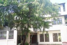 В аренду: Дом с 4 спальнями в районе Pathum Wan, Bangkok, Таиланд