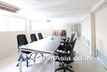 For Sale Shophouse 648 sqm in Bangkok, Central, Thailand