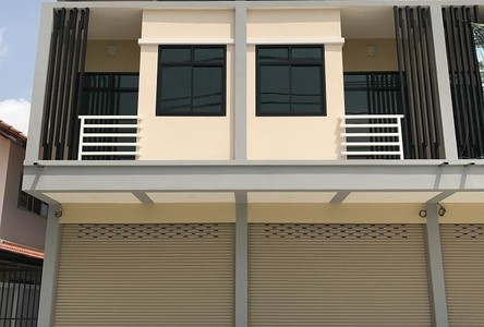 For Sale 2 Beds Shophouse in Mueang Udon Thani, Udon Thani, Thailand