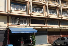For Rent Shophouse 400 sqm in Phasi Charoen, Bangkok, Thailand