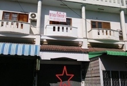 For Sale 2 Beds Shophouse in Mueang Lamphun, Lamphun, Thailand
