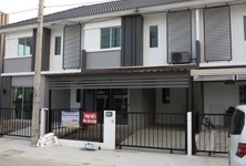 For Sale 3 Beds Townhouse in Bang Sao Thong, Samut Prakan, Thailand