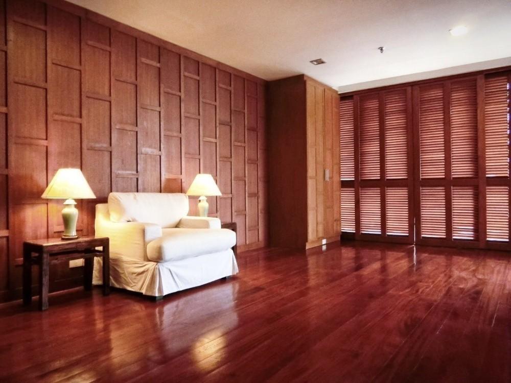 Polo Park - В аренду: Кондо с 3 спальнями в районе Huai Khwang, Bangkok, Таиланд | Ref. TH-NCSXMASS