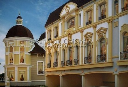 Продажа: Таунхаус с 2 спальнями в районе Yan Nawa, Bangkok, Таиланд