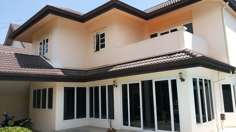For Sale 4 Beds 一戸建て in Bang Lamung, Chonburi, Thailand | Ref. TH-AXVFDDRG