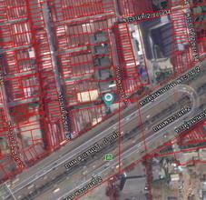 ตั้งอยู่บริเวณพื้นที่เดียวกัน - จอมทอง กรุงเทพฯ