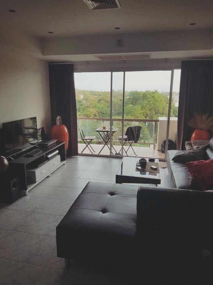 For Sale 2 Beds コンド in Mueang Phuket, Phuket, Thailand | Ref. TH-FHSZKOLV