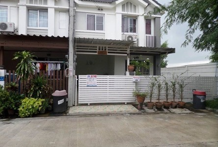 For Sale 3 Beds コンド in Mueang Pathum Thani, Pathum Thani, Thailand