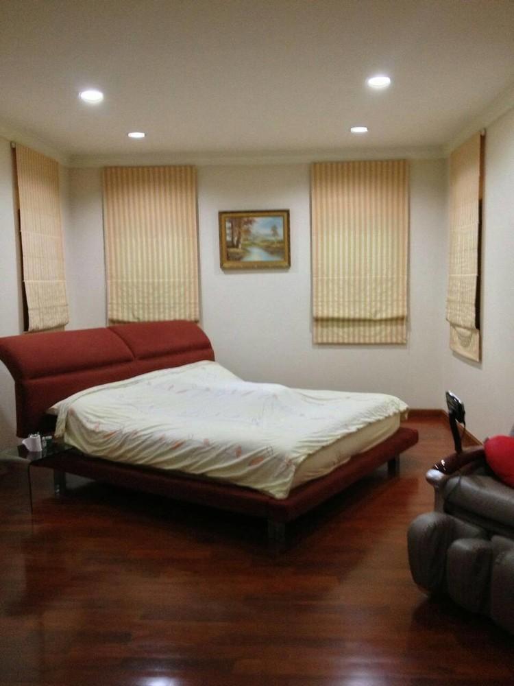 Продажа: Дом с 5 спальнями в районе Mueang Samut Prakan, Samut Prakan, Таиланд | Ref. TH-UIPWDTGI