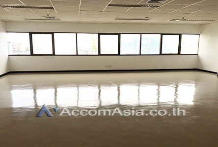 For Rent Office 135 sqm in Bangkok, Central, Thailand