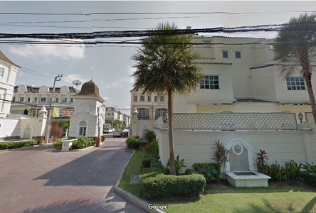 For Sale or Rent 3 Beds Townhouse in Chom Thong, Bangkok, Thailand