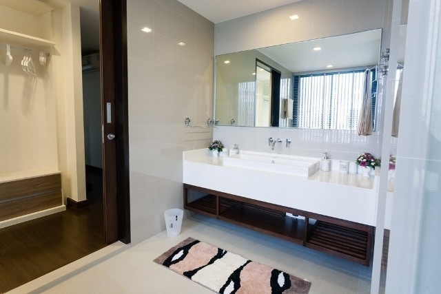 For Sale 5 Beds 一戸建て in Thalang, Phuket, Thailand | Ref. TH-BYIXJLLF