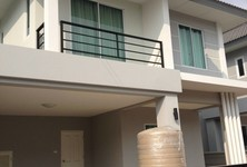 For Sale or Rent 3 Beds House in Si Racha, Chonburi, Thailand