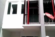 For Rent 3 Beds タウンハウス in Pak Kret, Nonthaburi, Thailand