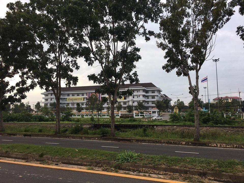 For Rent Land 2-3-0 rai in Mueang Chumphon, Chumphon, Thailand | Ref. TH-ZBFPJFUE