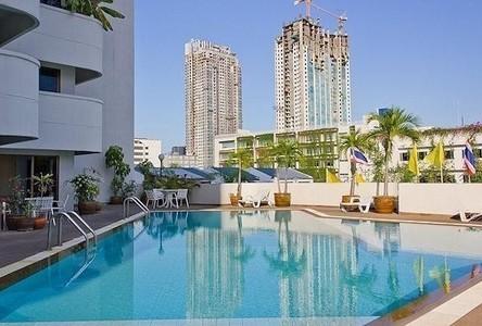 For Sale or Rent 3 Beds コンド Near MRT Phetchaburi, Bangkok, Thailand