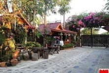 For Sale Hotel 22 rooms in Khwao Sinarin, Surin, Thailand
