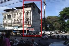 Продажа: Шопхаус с 4 спальнями в районе Mueang Nakhon Si Thammarat, Nakhon Si Thammarat, Таиланд