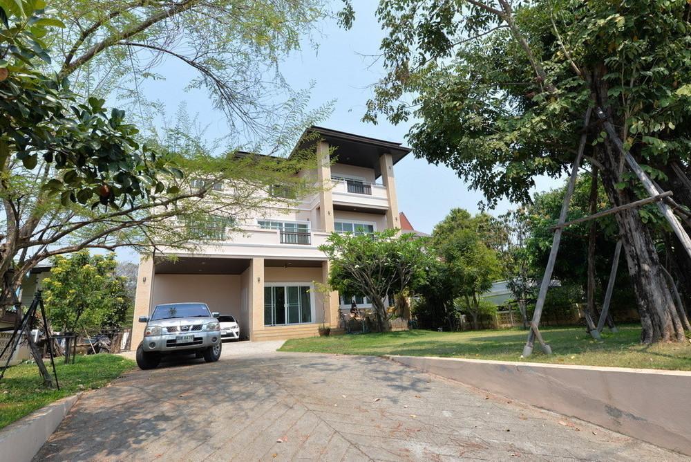 Продажа: Дом с 5 спальнями в районе Mueang Chiang Mai, Chiang Mai, Таиланд   Ref. TH-DACEFRFK
