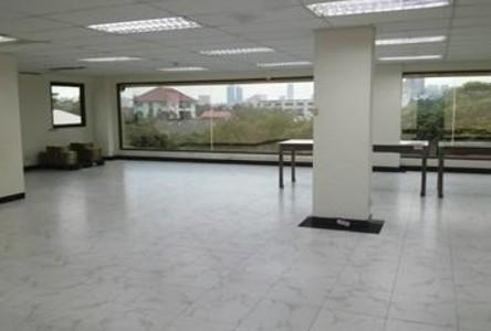 В аренду: Таунхаус 210 кв.м. в районе Bangkok, Central, Таиланд