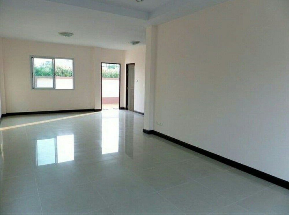 For Sale 3 Beds 一戸建て in Bang Bua Thong, Nonthaburi, Thailand   Ref. TH-WRPPEUNX
