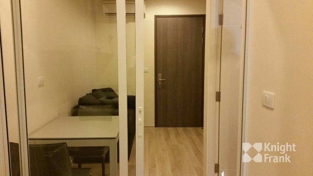 Centric Ratchada - Huai Khwang - В аренду: Кондо c 1 спальней возле станции MRT Huai Khwang, Bangkok, Таиланд | Ref. TH-TIUWJKBO