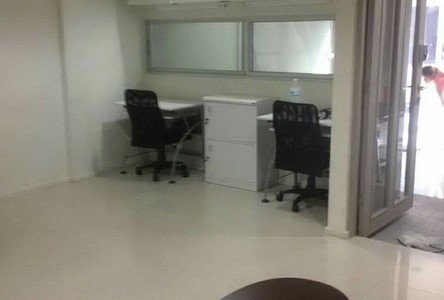 For Sale or Rent Retail Space 172 sqm in Prawet, Bangkok, Thailand