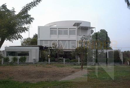 Продажа: Дом с 4 спальнями в районе Min Buri, Bangkok, Таиланд